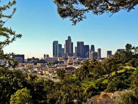 ロサンゼルス市のダウンタウンのスカイラインの眺め。 写真素材