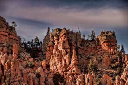red rock: Red rock formations near Bryce Canyon in Utah.