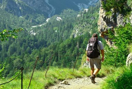 Viajero, Adulto, hombres, clime, Arriba, Dolomitas, Alpes, Italia Foto de archivo