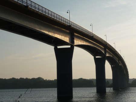 sund: Bridge and sea