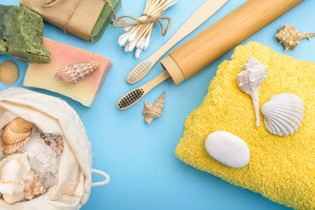 Bath and hygienic accessories in reusable packs.