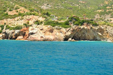 paisaje mediterraneo: Marine Mediterranean landscape and stones and rocks Foto de archivo