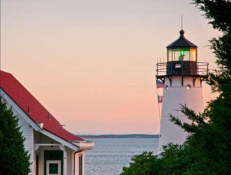Tijdens de Era van het verbod, werden dranksmokkelaars gevangen in de buurt van Warwick Harbor Lighthouse omgeving opereren