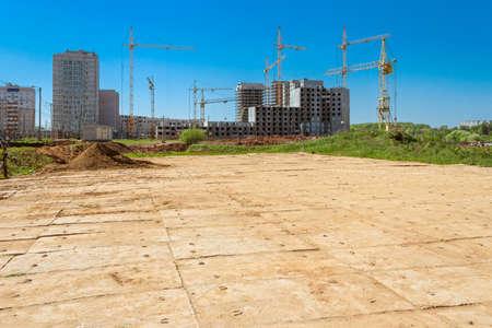 住宅建設や工事現場のクレーン
