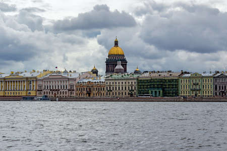 peterburg: Isaacs Cathedral and the Neva Embankment in Saint Petersburg. Russia