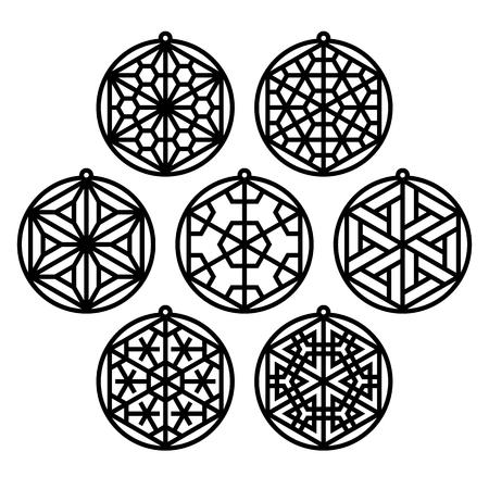 Set di sette ornamenti tradizionali giapponesi Kumiko a forma di palline di Natale.Adatto per il taglio laser