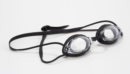 swimming goggles: Black and clear pair of swimming goggles