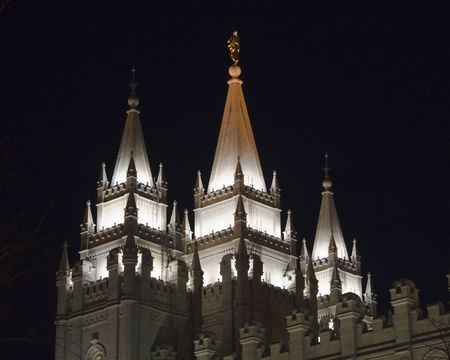 The Salt Lake City, Utah LDS (Mormon) temple taken at night Фото со стока