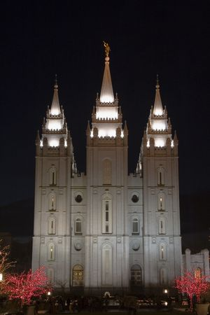 mormon temple: The Salt Lake City, Utah LDS (Mormon) temple taken atnight at
