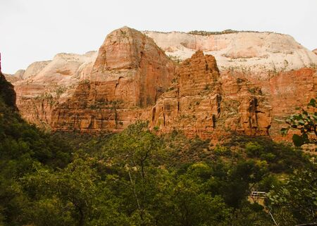 Angels Landing rock formation formed by water erosion formed by the Virgin River n Zion National Park Utah Imagens