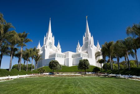 Temple of The Church of  Christ of Latter-Day Saints (LDS) or Mormons in San Diego, California Фото со стока
