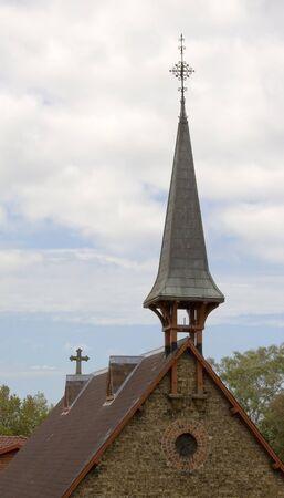 시드니, 호주에있는 오래된 작은 기독교 교회의 교회 첨탑 스톡 콘텐츠