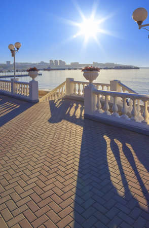 kavkaz: Sunny day on the black sea waterfront. Place for walks and rest. Black sea, Gelendzhik.