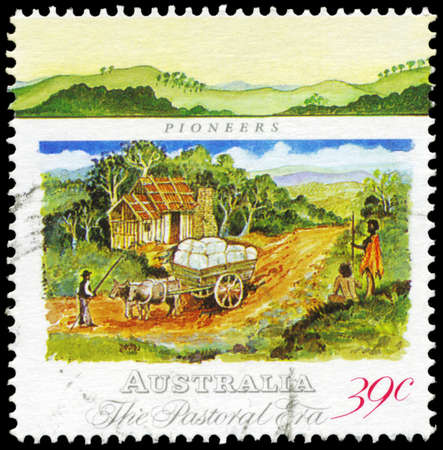 AUSTRALIA - CIRCA 1989: A Stamp printed in AUSTRALIA shows the Pioneers Hut, Wool Bales in Dray, Pastoral Era series, circa 1989 Stock Photo - 16375938
