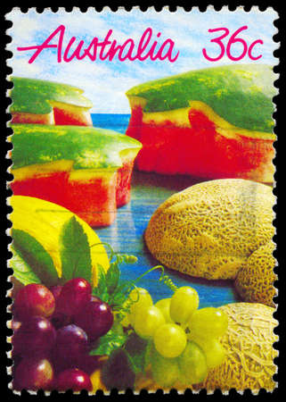 bacca: AUSTRALIA - CIRCA 1987: A Stamp printed in AUSTRALIA shows the Melons and Grapes, Fruits series, circa 1987
