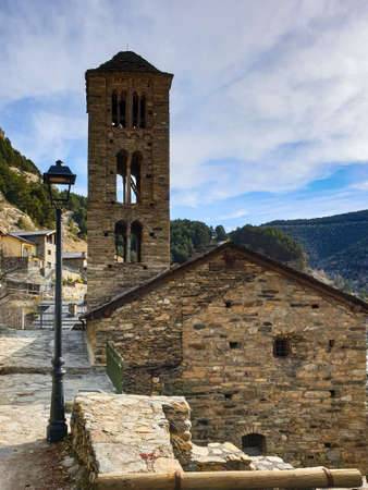Pal Village in Andorra Pyrenees Mountains 免版税图像