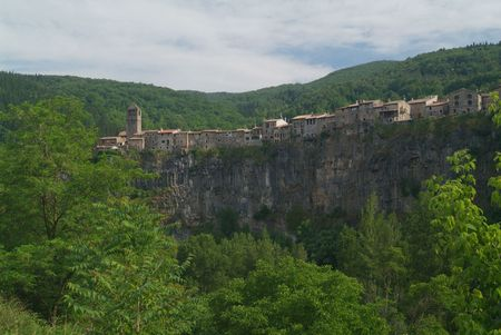 Castellfullit de la Roca village 스톡 콘텐츠 - 410047
