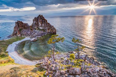 Shaman Rock, Lake Baikal in Russia Foto de archivo