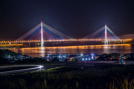 russkiy: View of Russkiy bridge at night, Vladivostok, Russia