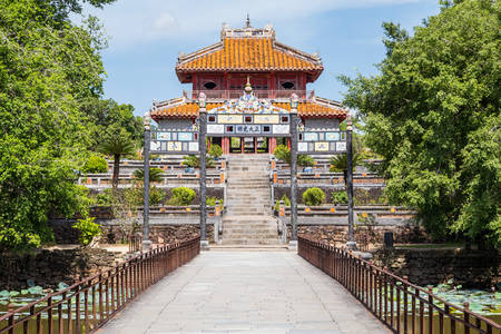 mang: View of gate and pavilion in Imperial Minh Mang Tomb in Hue