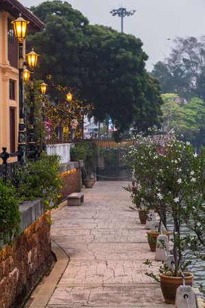riverside: Riverside promenade along Sungai Melaka, Malacca, Malaysia