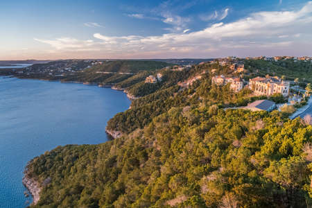 Luxury houses on the coast of Lake Travis in Austin, Texas