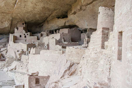dwellings: Cliff Palace, ancient puebloan village of houses and dwellings in Mesa Verde National Park, New Mexico, USA Stock Photo