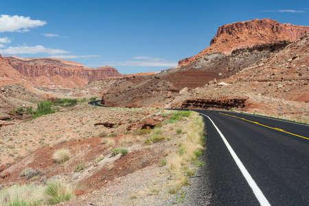Desert view of central Utah 版權商用圖片 - 58600944