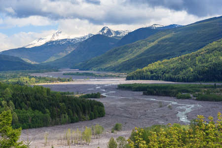 River flowing from Mount St. Helens in Washington, USA 版權商用圖片