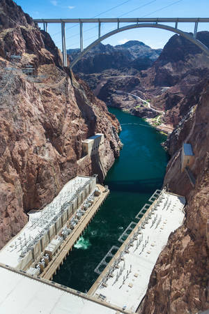 hoover dam: View of Mike OCallaghan-Pat Tillman Memorial Bridge from Hoover Dam also known as Boulder Dam between Nevada and Arizona, USA