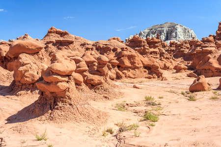 ゴブリン バレー州立公園、ユタ州、アメリカ合衆国の疫病神の岩峰 写真素材