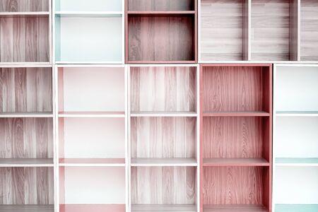 Shelves wood patterns wallpaper background Standard-Bild