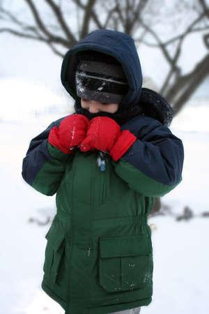 ragazzo nella neve
