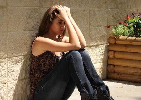 fille triste: Adolescent d�prim�