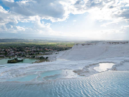 Natural travertine pools in Pamukkale. Pamukkale, Turkey. Imagens