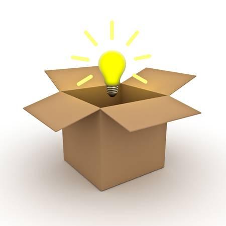 out think: Piense fuera de la caja de concepto, idea de la bombilla de luz sobre una caja de cart�n abierta aisladas sobre fondo blanco