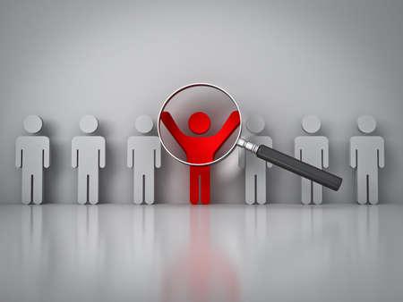 Op zoek naar de juiste persoon concept, vergrootglas gericht op de rode man met de armen wijd open op witte muur met reflectie