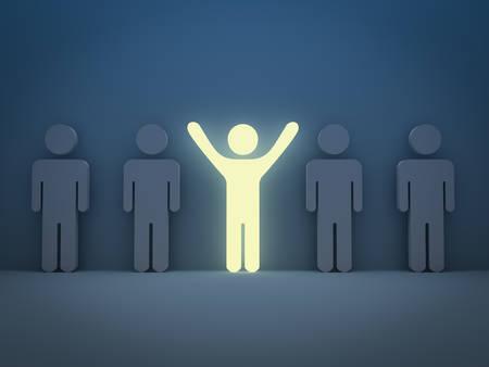 Wyróżnij się z tłumu i innej koncepcji, Światło człowiek stojący z bronią szeroko otwarte z innymi ludźmi