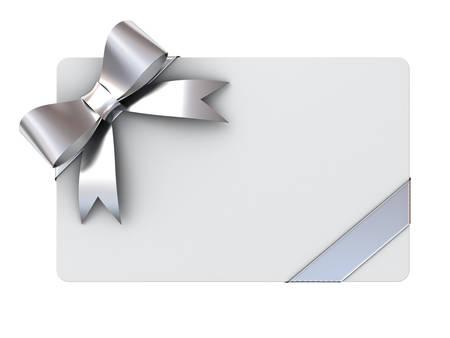 Prázdné Dárková karta s stříbrnými stuhami a luk na bílém pozadí