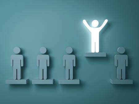 群衆と、さまざまな創造的なアイデアの概念から出て立って両手を大きく開いて緑色の背景の反射や影で他の人の上に立って 1 つの輝く光男。3 D レ