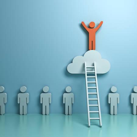 Stehen Sie aus der Menge und verschiedene Konzept, Ein Mann Klettern Leiter zu stehend auf der Wolke über andere Menschen auf grünen Pastell Farbe Hintergrund mit Reflexion und Schatten. 3D-Rendering Standard-Bild - 81770594