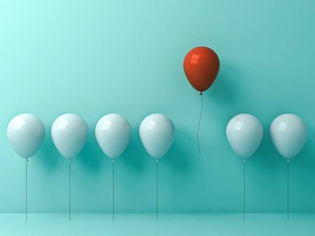 Distinguersi dalla folla e dal concetto diverso, Un palloncino rosso vola via dagli altri palloncini bianchi su uno sfondo di colore pastello verde chiaro con riflessi e ombre delle finestre. Rendering 3D Archivio Fotografico
