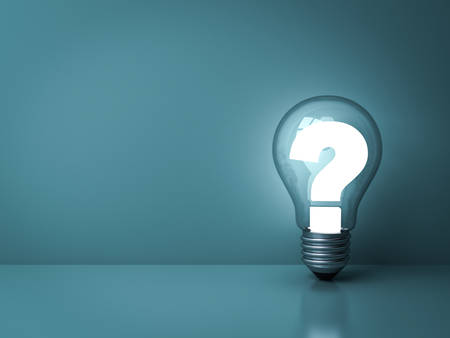 Question mark glowing in glass light bulb on dark green background with shadow and reflection . 3D rendering. Imagens