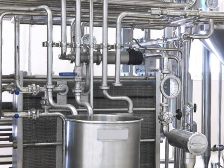 lacteos: un detalle de una m�quina que esteriliza la leche