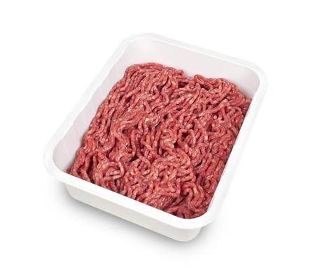 carne macinata: carne macinata in un contenitore di plastica