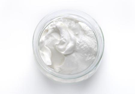 Griechischer Joghurt isoliert, Luftaufnahme Standard-Bild - 71639327