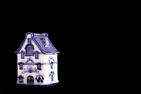 porcelain: Porcelain figurine