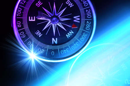 Compass composition for traveler