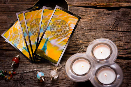 telepathy cards: Tarot cards and other fortune tellers accessories