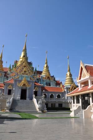 obudził: Świątynia w Prachuap Khiri Khan, Tajlandia